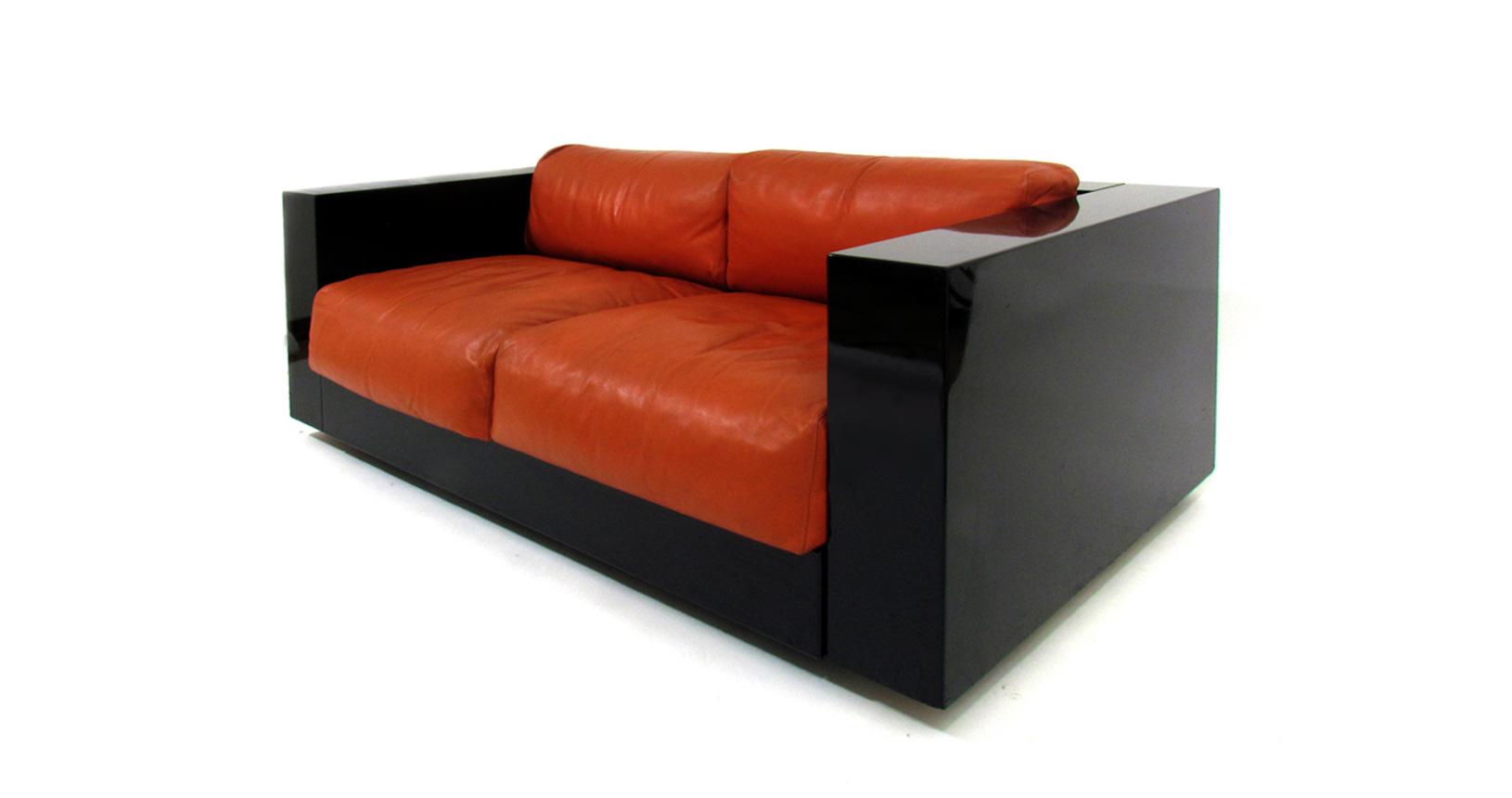 Saratoga Poltronova Vignelli associates Leather sofa divano pelle